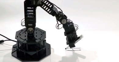 Una máquina con 'chispa' de autoconciencia: Fabrican un robot que sabe que lo es