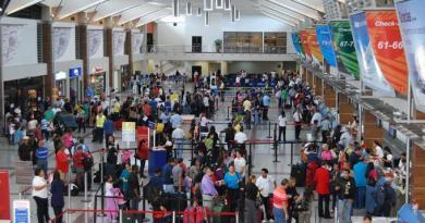 Aerodom informa falta de pilotos provoca cancelación de vuelos de JetBlue en el AILA