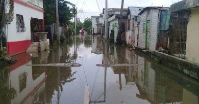 Quince provincias son colocadas bajo alerta meteorológica por inundaciones