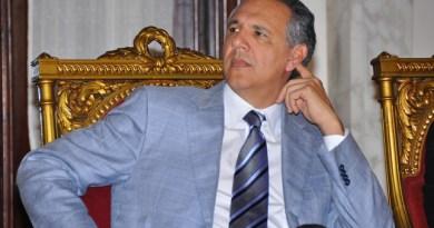 Peralta sale en defensa de Camejo quien ha sido duramente criticado por decir pacto 2015 fue un atraco