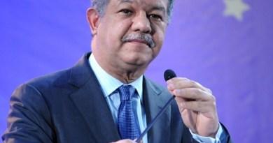 Leonel Fernández asegura que con la Constitución del 2010 se legisló para la historia