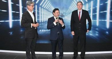 Porsche anuncia la llegada de su nuevo vehículo