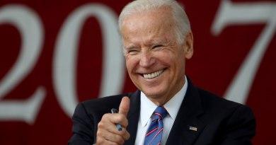 Exvicepresidente Biden aventaja en las encuestas a sus rivales demócratas