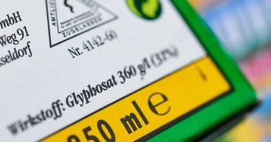 Federación de Ginecología pide proteger a la población del glifosato