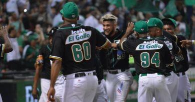 Estrellas Orientales apalean a Toros del Este en primer juego de la Serie Final
