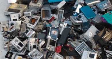 Por qué se espera que la revolución del 5G genere una catarata mundial de basura electrónica