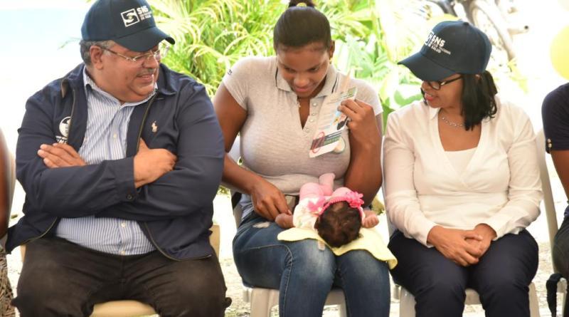 SNS cube que implementa Círculos de Lactancia Materna en todo el país