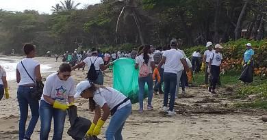 Organismos públicos y voluntarios limpian 86 playas y 107 riberas de ríos