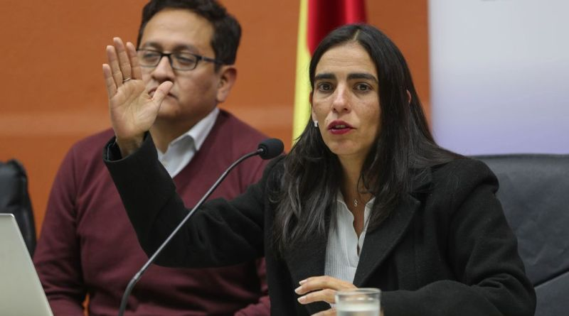 Indagan en Bolivia una enfermedad vírica desconocida que afecta a dos médicos