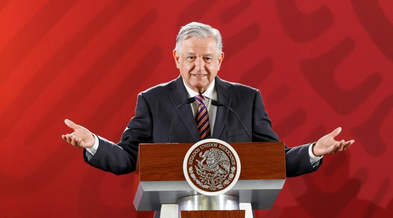 López Obrador cumple 66 años recordando a sus héroes y a Ana Belén