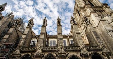 Obras para garantizar estabilidad de Notre Dame costarán 85 millones de euros
