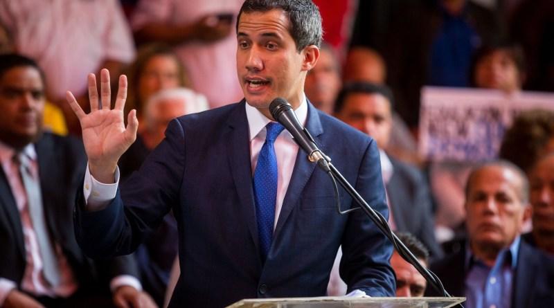 Guaidó suspende de funciones a un grupo de diputados por presunta corrupción