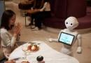 Así es el café atendido por robots que toman pedidos, charlan y recomiendan postres