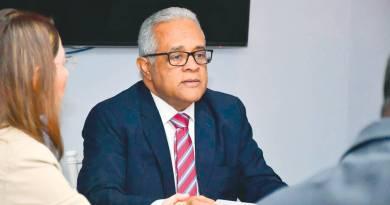 Ex ministro de Salud Pública niega existiera mafia de nombramientos durante su gestión