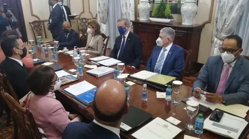 ¿Qué buscaban la vicepresidenta y el consultor jurídico del Poder Ejecutivo en la reunión del CNM?
