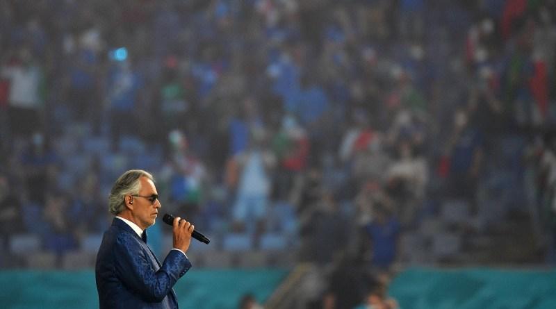 Andrea Bocelli, Totti y Nesta abren la Eurocopa