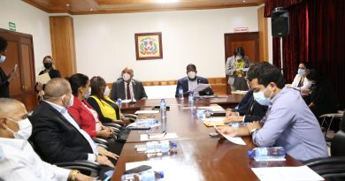 Comisión bicameral estudia modificación aLey 87-01; escucha asociaciones Atención Primaria y Corredores de Seguros