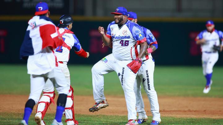 Japón viene de atrás y vence a Dominicana 4-3 en el inicio del béisbol