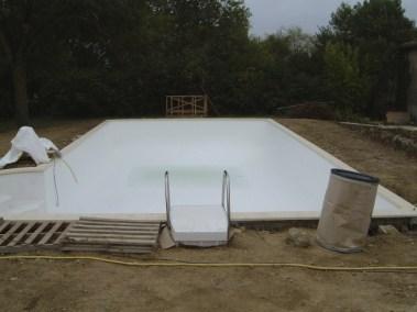 pool straight on