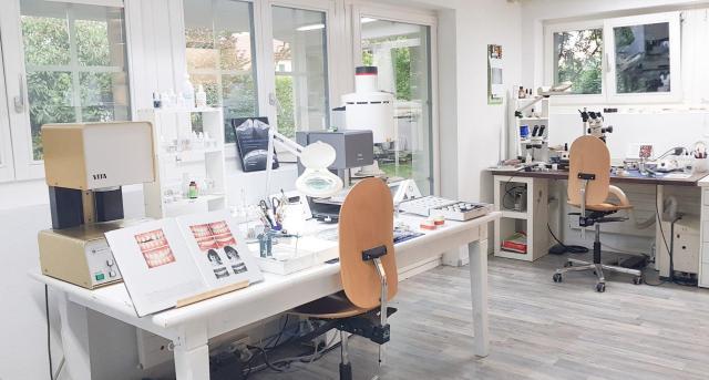 Wiedereröffnung Labor Gredig Hallwilersee
