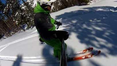 10 conseils pour bien skier en poudreuse-centré sur les skis-labo du skieur-morgan Petitniot