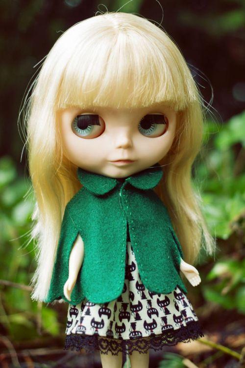 capa de fieltro verde