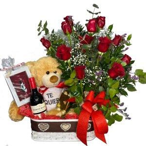 pack regalo flores San Valentin amor en casa Cupido