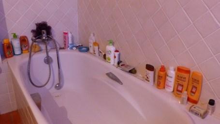 baignoire encombrée