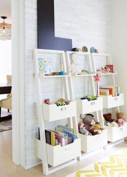 chambre d'enfant étagères