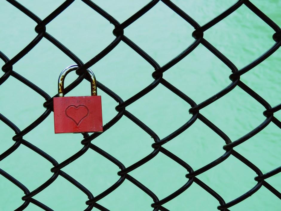 Cage de chasteté avec ou sans cadenas, c'est vous qui choisissez