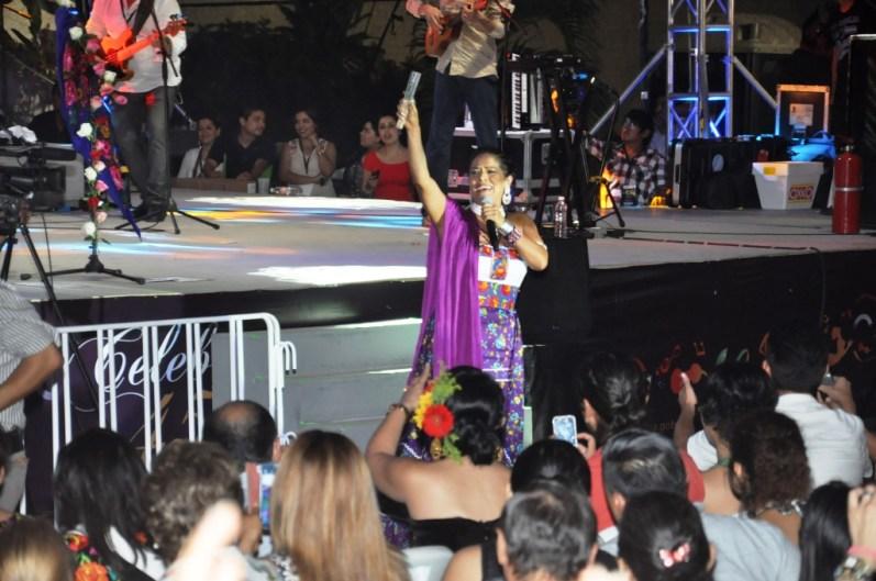 290614 Lila Downs en Concierto de Clausura (224)