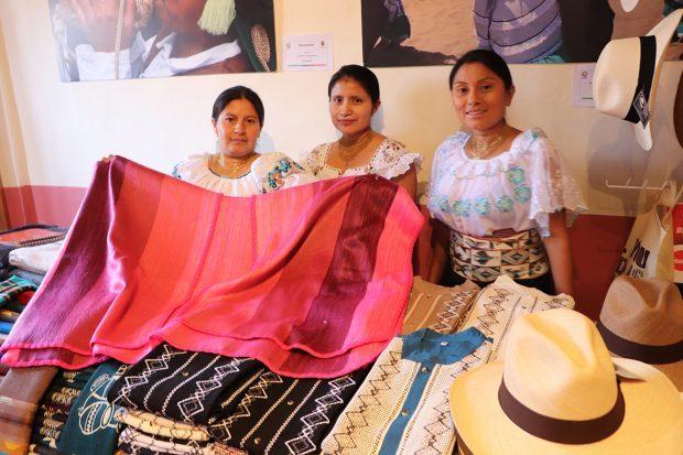 EXPOSICION ECUADOR PAIS INVITADO FEST CANTERA 2
