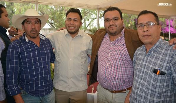 Gabino Morales Celebra 30-amigos-16