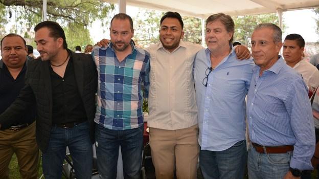Gabino Morales Celebra 30-amigos-27