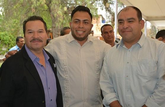 Gabino Morales Celebra 30-amigos-35