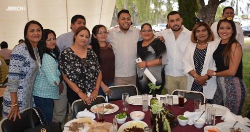 Gabino Morales Celebra 30-amigos-4