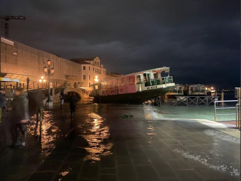 Venecia inundada como en 1966-6