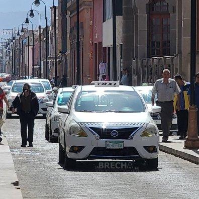 Taxistas en 5 de mayo