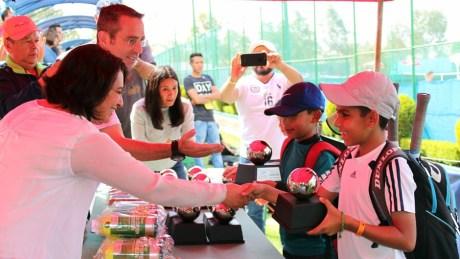 1er Campeonato Nacional Tenis Grand Slam -premiacion (dobles) campeones cat 10 años var
