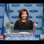 CFK bailando (con un par de invitados)