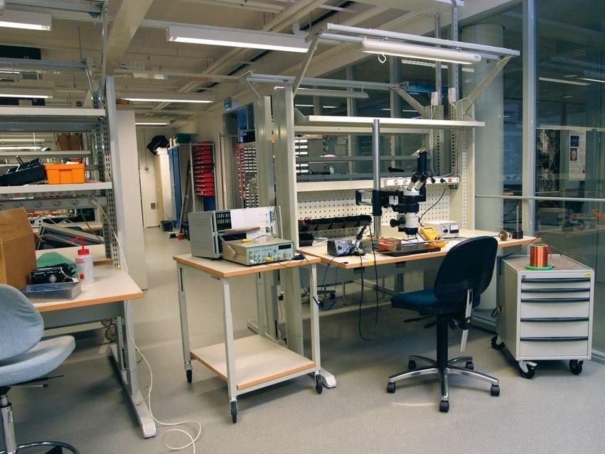 Laboratory Furniture In-Stock