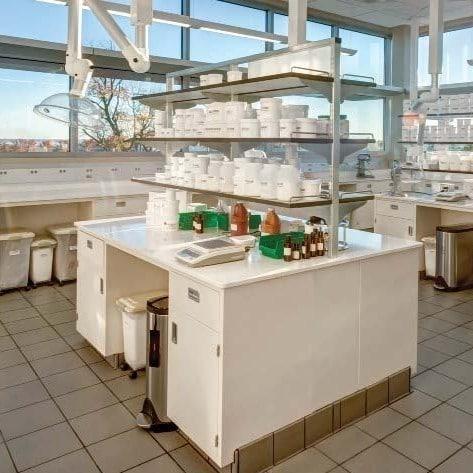 Adjustable Lab Shelves