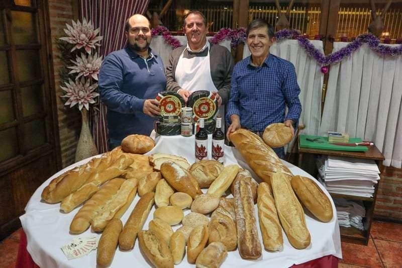 El mejor queso de Cabrales se cató en La tertulia Taurina