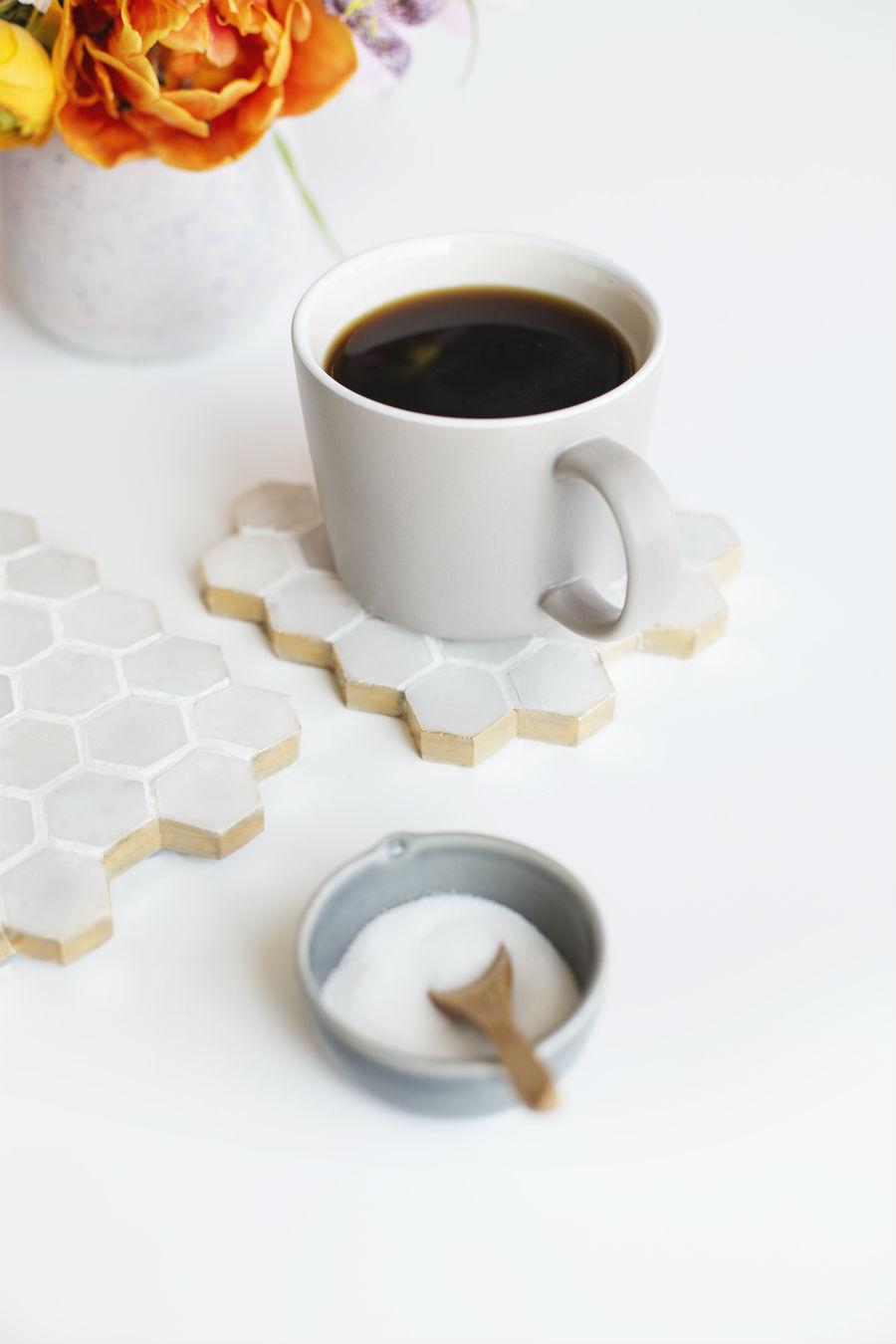2 - DIY posavasos salvamantel azulejos