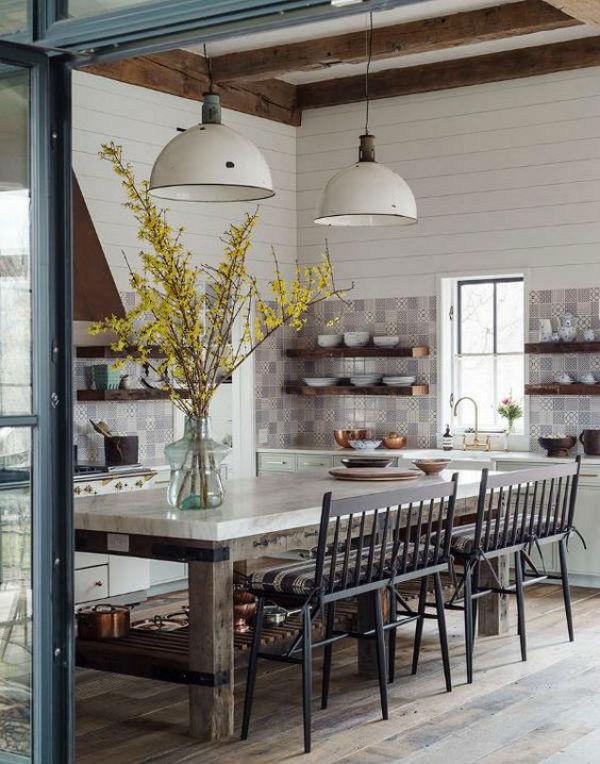 2 - mesas de comedor en la cocina