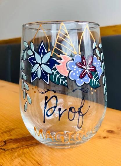 cadeau professeur verre à vin pastel et paillettes