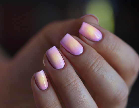 color club pastel neon gradient_7