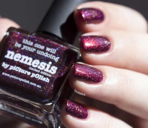 picture polish-nemesis-vampy limited edition (15)