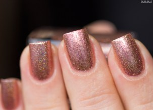 Cirque Colors-sparkled-himalayan pink-in artificial light_7 (6)