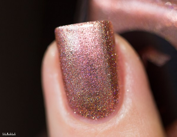 Cirque Colors-sparkled-himalayan pink-in natural light_7 (7)